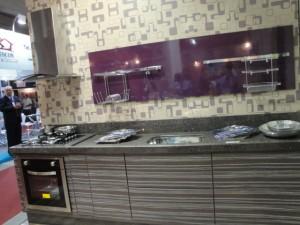 Cozinha do stand da Gasômetro Madeiras na Feira Construvale