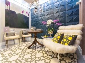 Mesinha de centro dá toque clássico ao business lounge estilo anos 50/60